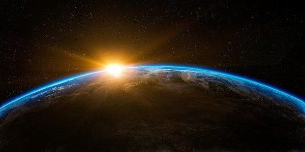 earth-1756274_640